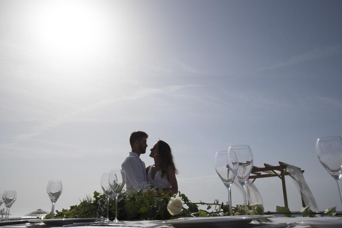 Casament en el Bahari Club, a la platja de Calella